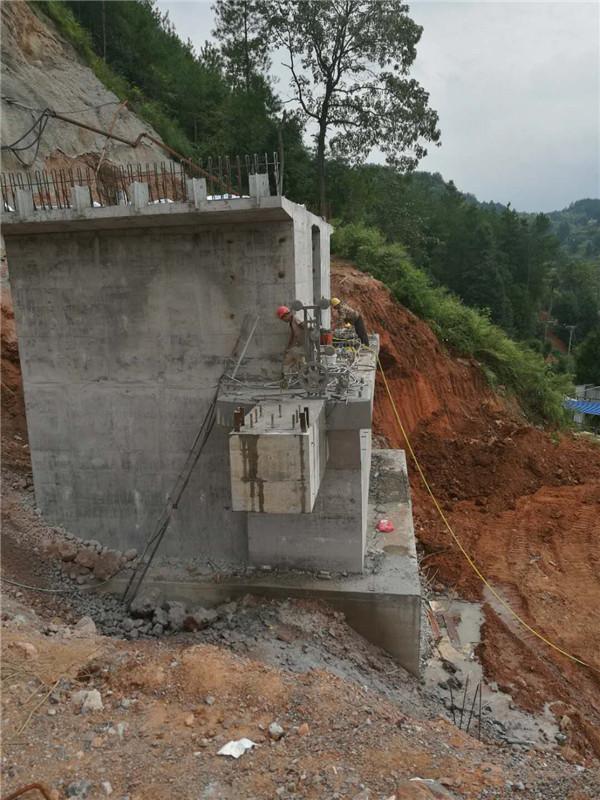 郑州混凝土切割拆除-真正实现整齐分离