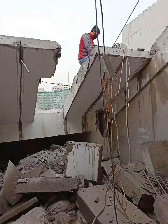郑州老旧小区改造墙体阳台门头切割拆除工程案例