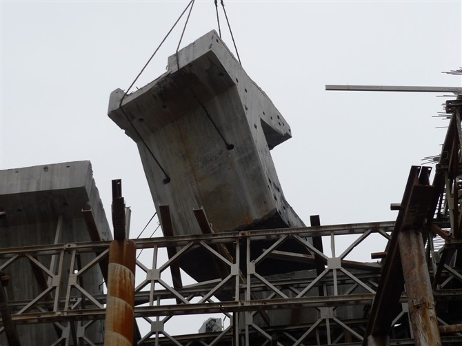 郑州混凝土拆除公司承接墙体楼板混凝土切割公司拆除施工